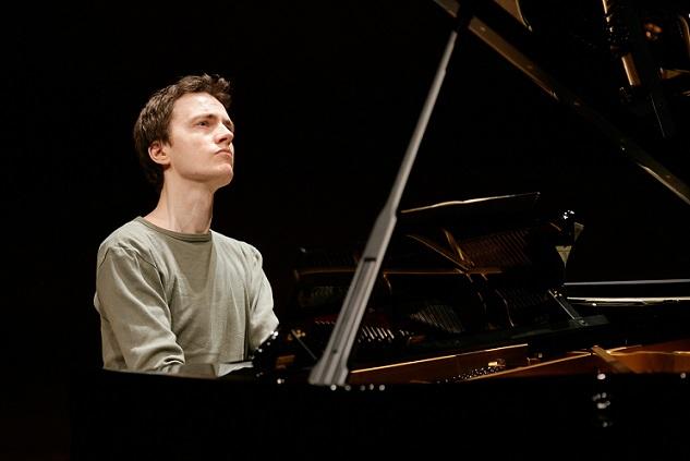 Alexandre Tharaud, Piano